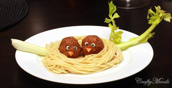 food bird in nest